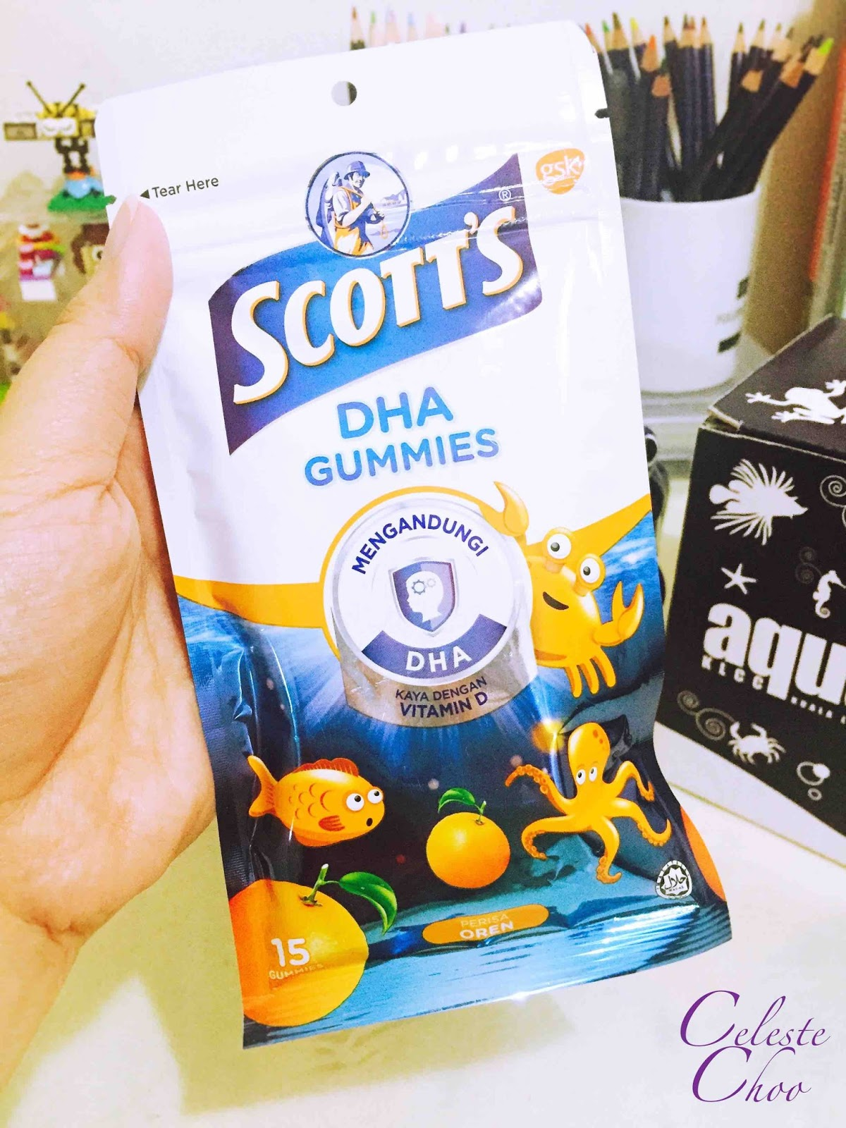 pack-of-15-pieces-scotts-dha-gummies-orange