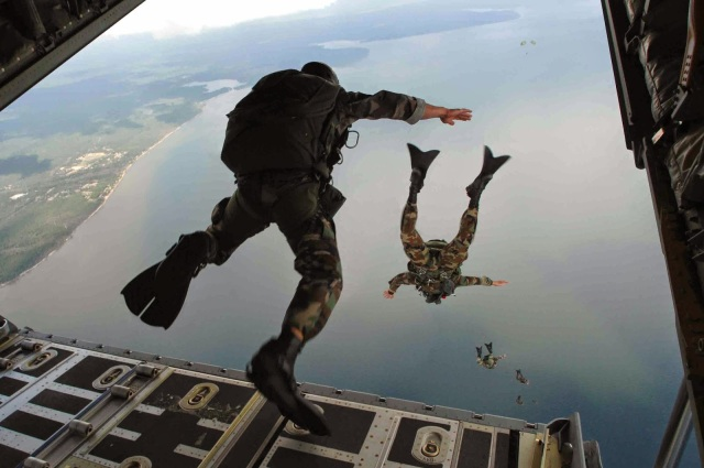 jump-off-from-the-plane