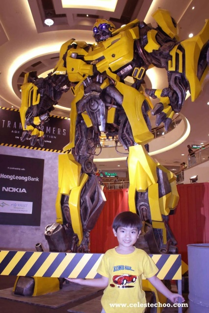 transformers_4_age_of_extinction_autobots_display_bumblebee